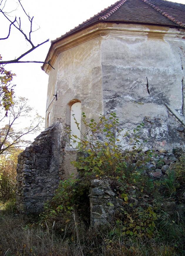 Dolné Lelovce - Kostol Narodenia Panny Márie 22 - 31.10.2015