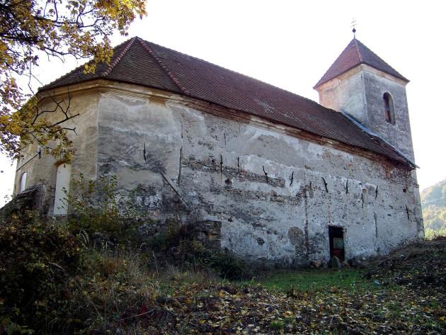 Dolné Lelovce - Kostol Narodenia Panny Márie 23 - 31.10.2015