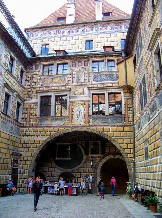 11-cesky-krumlov-zamek-cz-11-16-8-2016