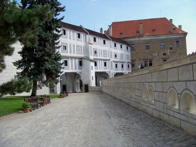 16-cesky-krumlov-zamek-cz-18-16-8-2016