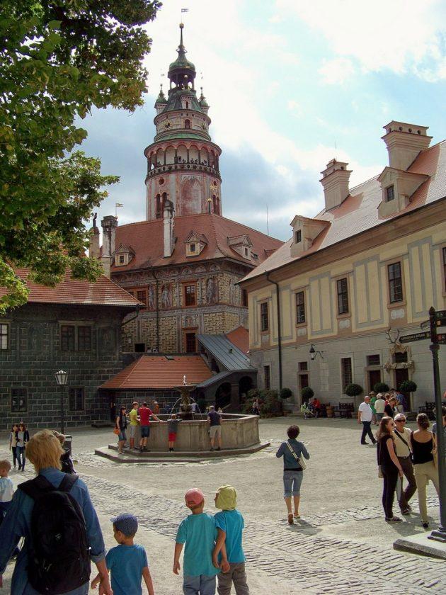 23-cesky-krumlov-zamek-cz-28-16-8-2016
