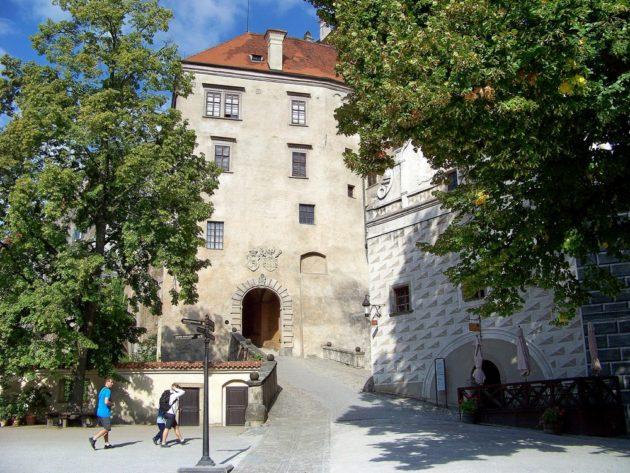 4-cesky-krumlov-zamek-cz-2-16-8-2016