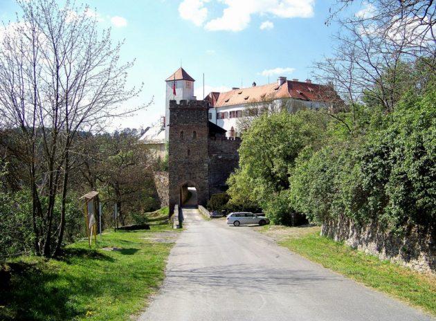 4-bitov-hrad-cz-20-7-5-2016