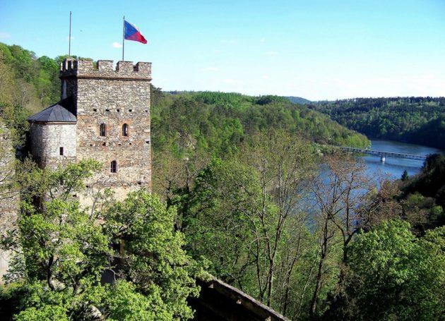 9-bitov-hrad-cz-16-7-5-2016