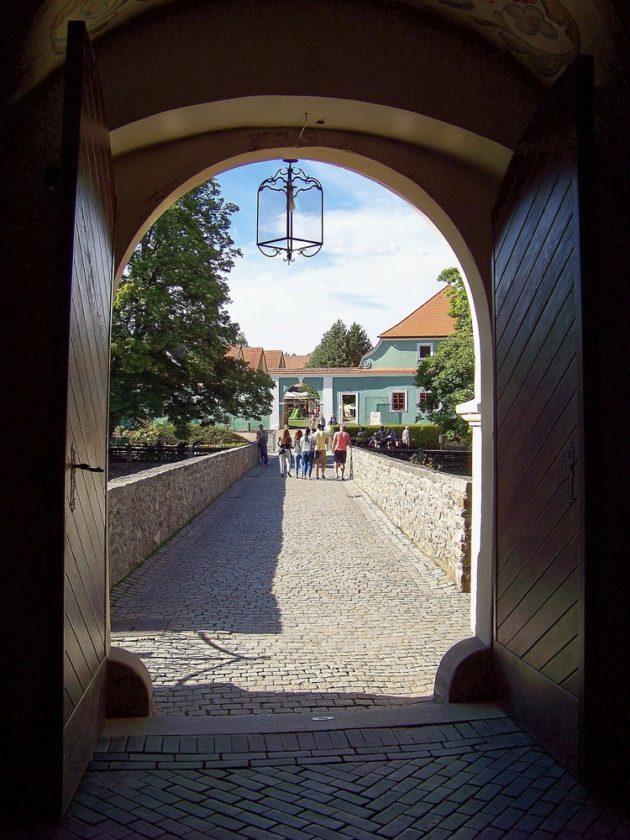 14a-cervena-lhota-zamek-cz-10-17-8-2016